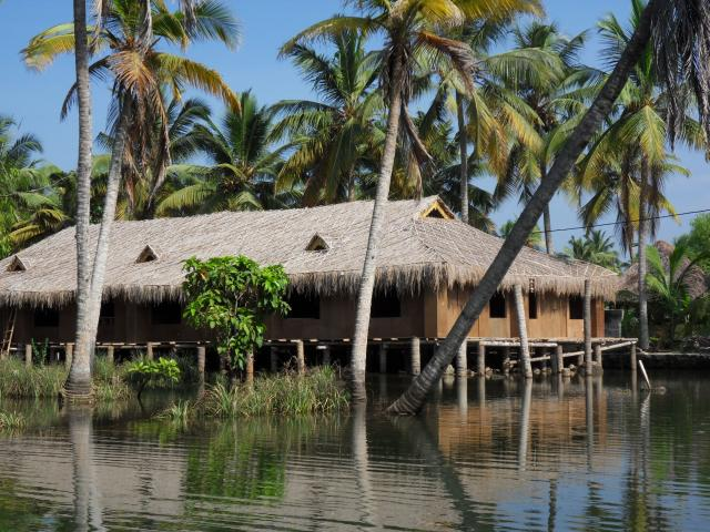 Pfahlbau in den Backwaters